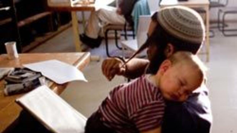 Una pareja de Israel le puso a su hijo 'Like' como nombre.