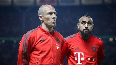 Rumores de Europa: ¿Arturo Vidal y Gonzalo Higuaín tendrán un nuevo equipo pronto?