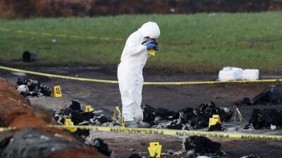 Cronología: lo que sucedió antes y después de la explosión de un ducto de gasolina en México que dejó al menos 90 muertos