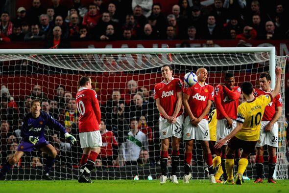 El Arsenal volvió a tener un partido malo. Van Persie tuvo su chance per...