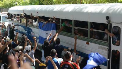 Después de horas bajo ataques de las fuerzas de choque de Ortega, estudiantes logran reunirse con sus familiares