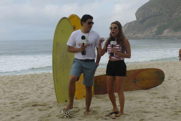 De esta manera se vive un mundial en tierras cariocas, con playa, sol, h...