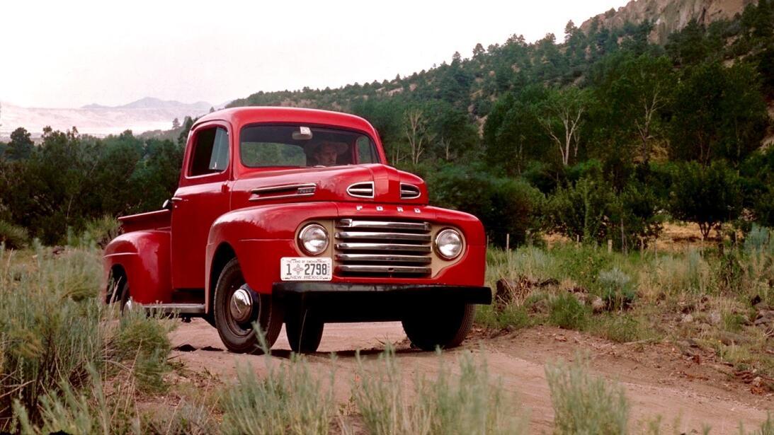 Nuestras 15 camionetas pickups favoritas de todos los tiempos 1948-ford-...