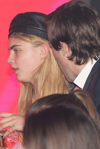 A la actriz y modelo británica se le pasaron las cucharadas al salir de...