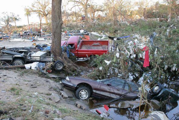 Los daños y amenazas ambientales en la salud pública fuero...