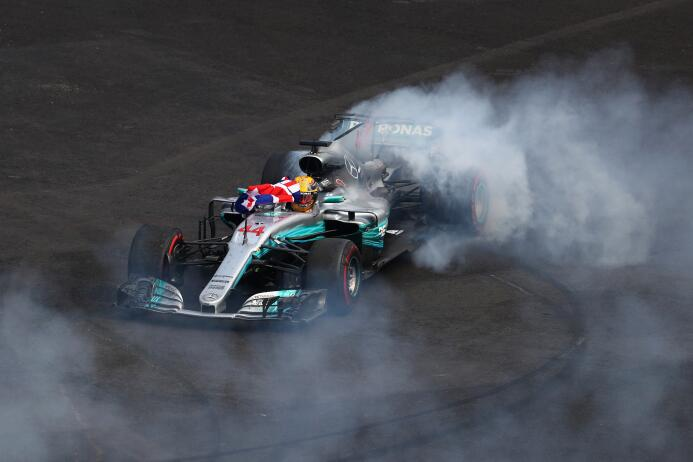 Lewis Hamilton, campeón de la Fórmula 1 tras Gran Premio de México getty...