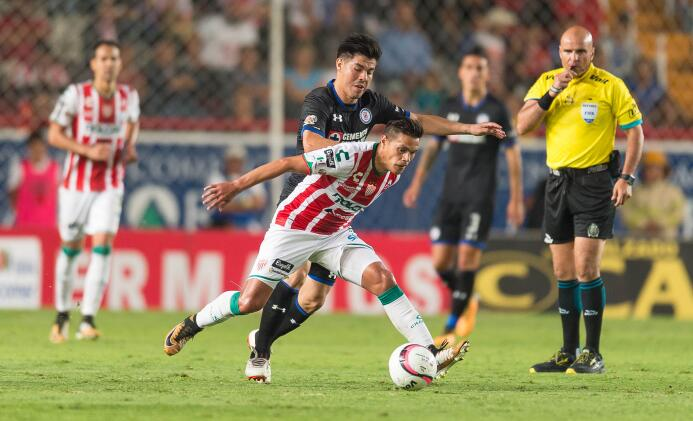 Cruz Azul festeja haber mantenido su invicto contra Necaxa 20170823_7780...