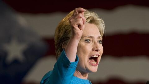 La candidata Hillary Clinton durante un mitin en las elecciones primaria...