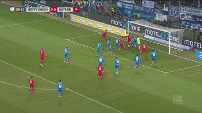 ¡Increíble! Lewandowski no solo mete goles, también se los saca a sus compañeros