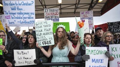 En fotos: Segunda jornada de rechazo al veto de Trump a los musulmanes