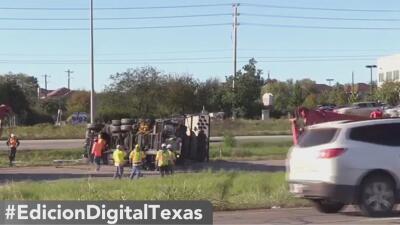 Un accidente automovilístico deja a una mujer muerta y provoca el cierre de varios carriles sobre la carretera 151