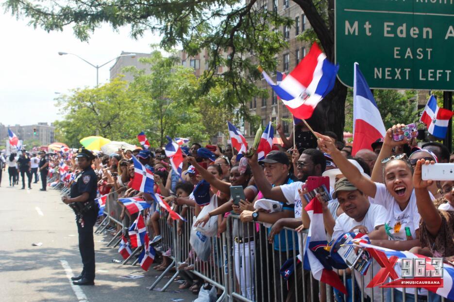 Fotos del Desfile Dominicano del Bronx 2015 IMG_6425.jpg