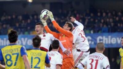 Milan solo se pudo llevar un punto de Verona ante el Chievo.