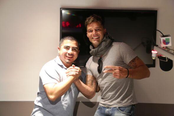Aquí con DJ Cristian.