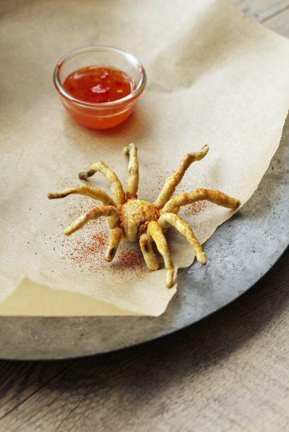 ¡Qué tal, unas tarántulas empanizadas en salsa agridulce!