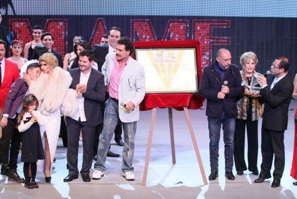 Itatí le agradeció al productor del musical,  Ricardo Ortega, por la opo...