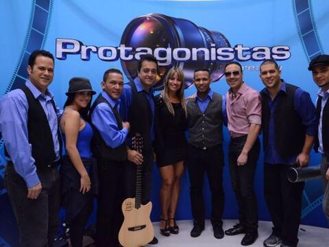 Melina León y su equipo completo antes de entrar a la Casa Estudio.