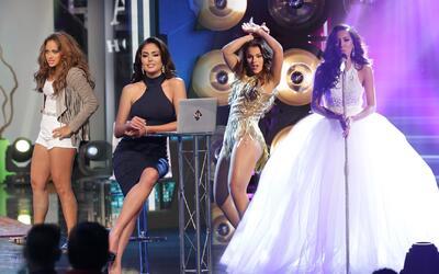 Cantando, presentando, actuando y bailando las finalistas jugaron sus me...