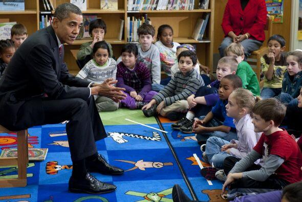 El presidente habló con los chicos sobre la Navidad y el clima, entre ot...