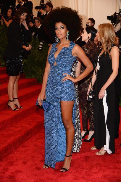 Otra que se equivocó de fiesta fue Solange Knowles, ¿que nadie le dijo q...