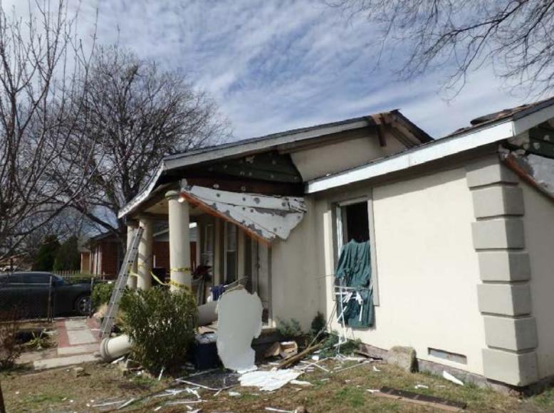 Explosiones y fugas de gas atemorizan a vecinos en el noroeste de Dallas...