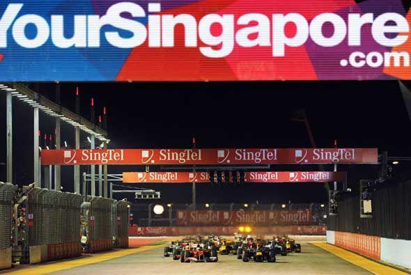 Y arrancó la acción: Fernando Alonso salió desde la...