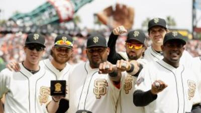 San Francisco Giants recibieron sus anillos de campeones
