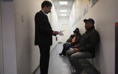 Conoce los programas de ayuda legal para inmigrantes en Nueva York