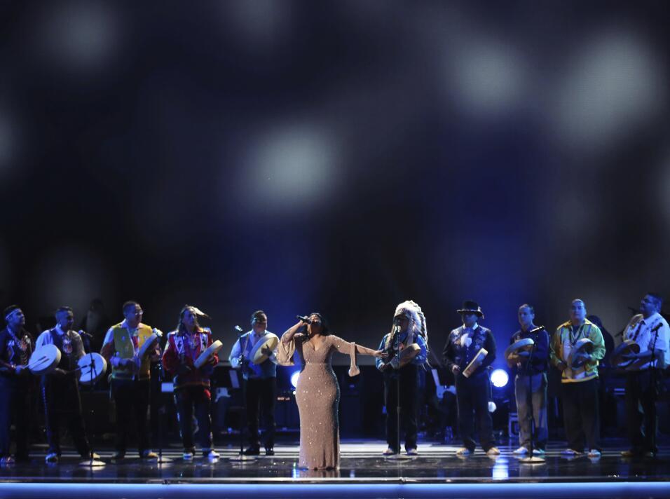 La cantautora mexicana Carla Morrison, nominada a mejor álbum de rock, m...