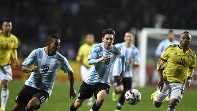 Carlos Tévez y Leo Messi durante la Copa América de Chile 2015.