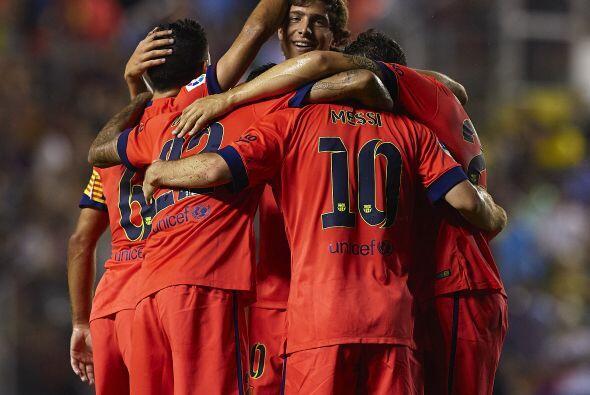 Barcelona mostró su poderío ante Levante al golearlo por 5...