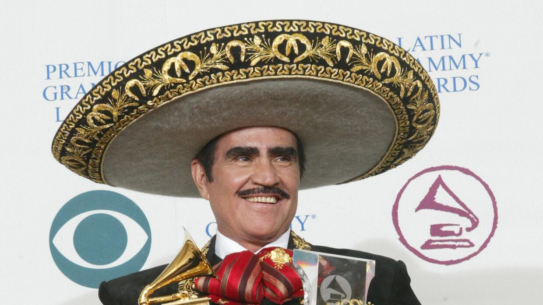 El sombrero tradicional del vestido charro que usa Vicente Fernández se...