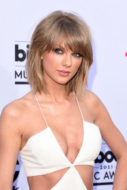 Taylor Swift nos enamoró una vez más, se veía divin...