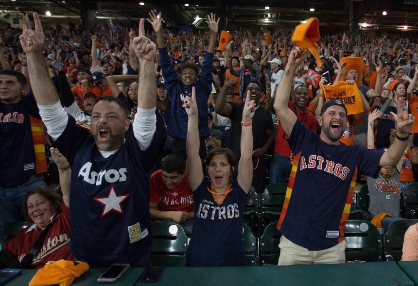 Fiesta épica de los fanáticos de Astros campeón de la Serie Mundial gett...