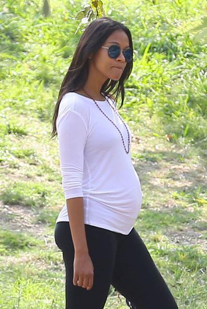 Zoe espera a su bebé para inicios de 2015.
