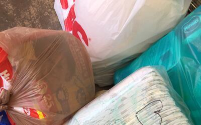 Con mensajes envían los donativos para los damnificados por el te...