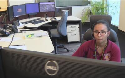 Tener empleados bilingües se ha convertido en una necesidad en Centros d...