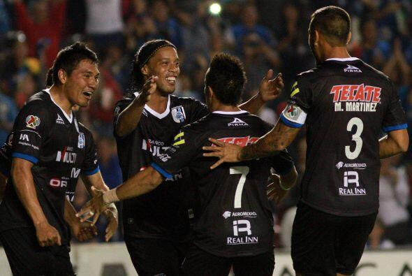 En la Jornada 6 , Ronaldinho, Sinha y Villa reciben en el Estadio Correg...