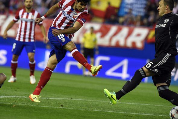 El Atlético intentó 25 tiros, de los cuales solo 4 tuvieron destino de l...