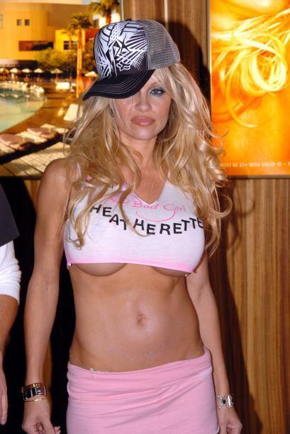 Contra el uso de pieles de animales, en el 2003 se desnudó para una publ...
