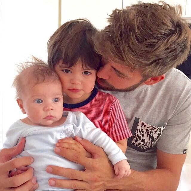 Papás deportistas con sus hijos