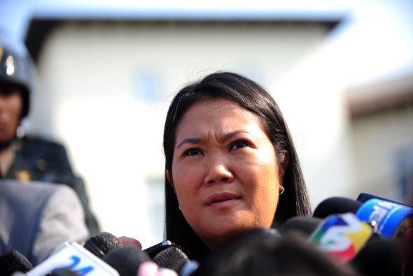La hija del ex presidente Alberto Fujimori, Keiko Fujimori, acortó la di...