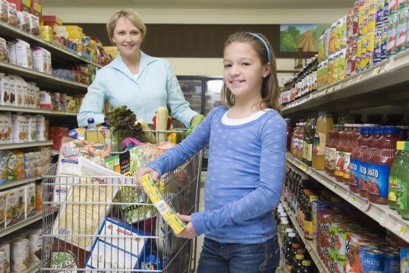 5. No te dejes llevar por el ambiente de compras, antes de llegar a la c...