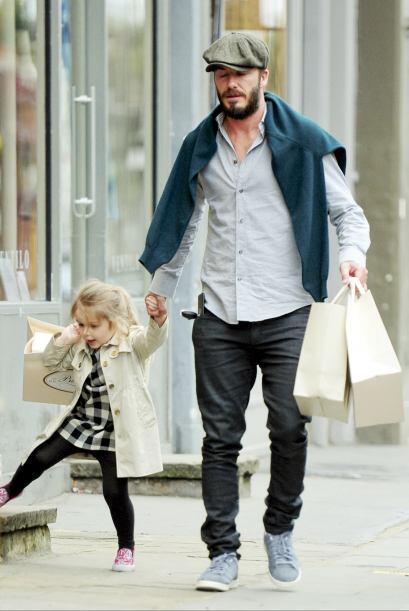El ex futbolista disfruta cada momento junto a su hija.