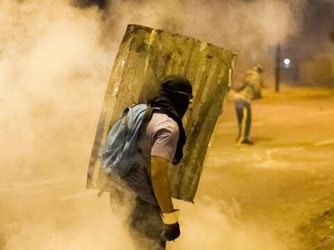 Manifestantes participan en una protesta contra el Gobierno del presiden...