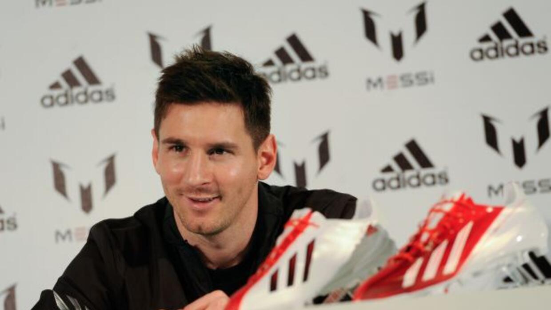 La marca Adidas podría ser factor de una posible salida de Messi del Bar...