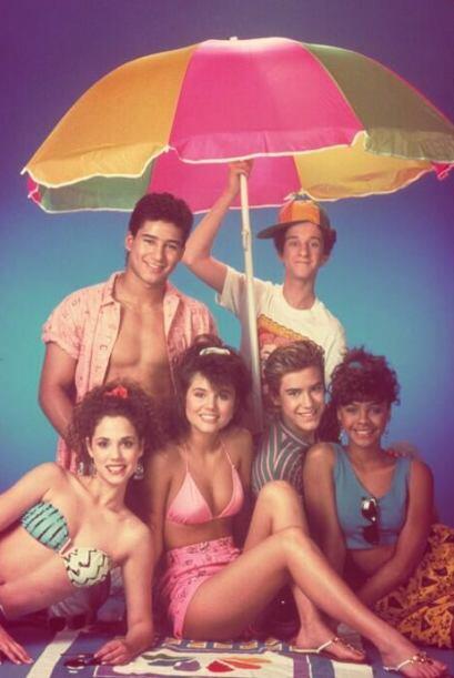 "Dustin Diamond era ""Screech"", el nerd del grupo.  Mira aquí más videos d..."