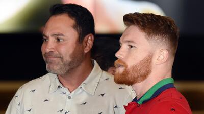 Óscar de la Hoya confesó que Canelo tendrá una pelea difícil contra Jacobs