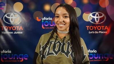 Fun with Tinashe inside the Uforia Lounge!