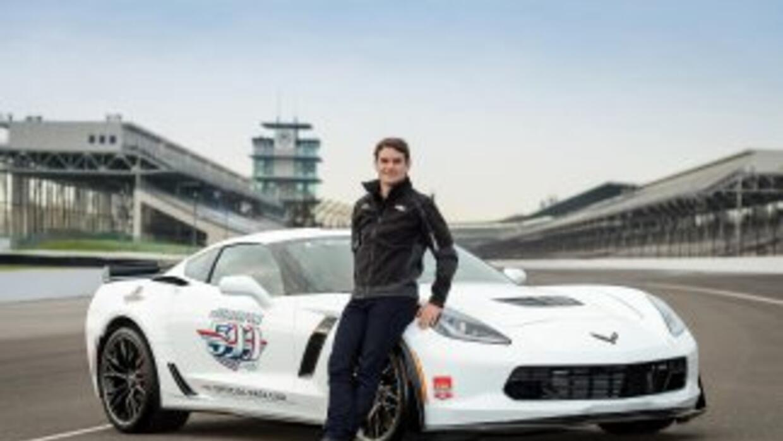 El Chevrolet Corvette ha servido como pace-car para la Indianápolis 500...